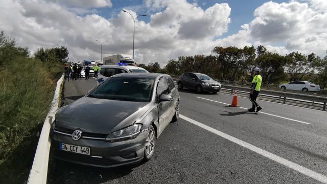 Kaza yapan sürücü, tutanak hazırlanırken kamyonun çarpması sonucu hayatını kaybetti