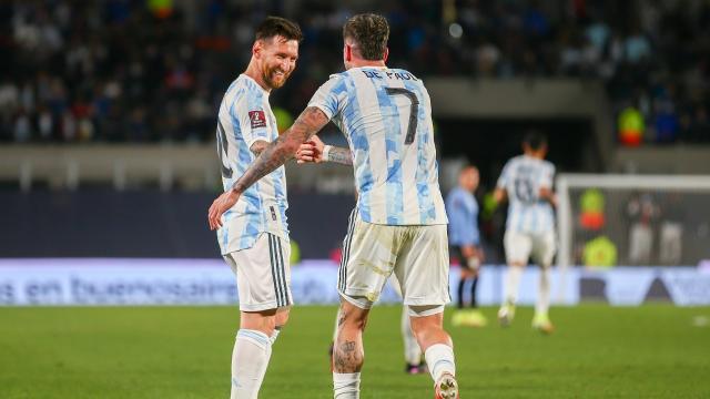 Arjantin Uruguayı farklı geçti