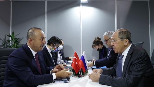 Dışişleri Bakanı Çavuşoğlunun ikili temasları