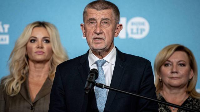 Çekyada genel seçimleri muhalefet ittifakı kazandı