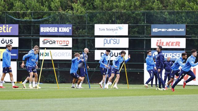 Fenerbahçe kadroyu koruyacak