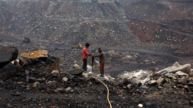 """Hindistandan """"yeterince kömürümüz var"""" açıklaması"""