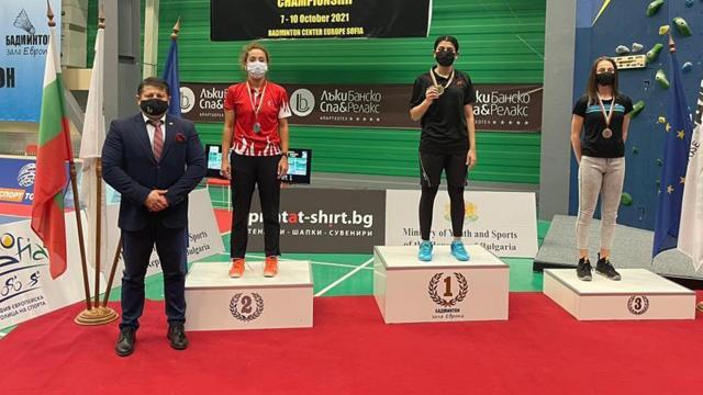 Milli badmintoncular Bulgaristanda 5 madalya kazandı