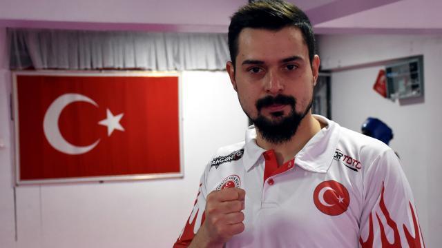 Milli kick boksçu Mustafa Aytenin gözü dünya şampiyonluğunda