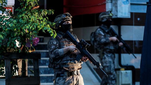 28 ilde suç örgütlerine yönelik operasyon başlatıldı