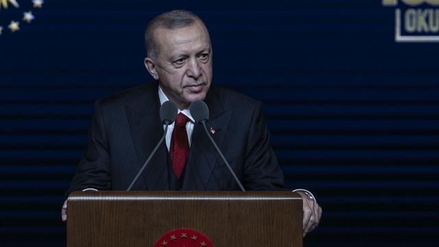 Cumhurbaşkanı Erdoğan açıkladı: 3600 ek gösterge öğretmenleri de kapsayacak