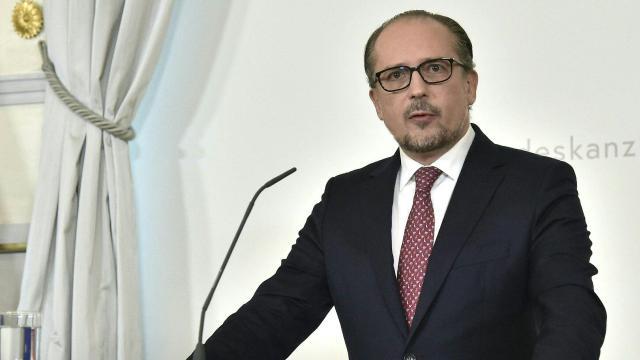 """Avusturyanın yeni Başbakanı Schallenberg, Kurz ile """"yakın çalışacak"""""""