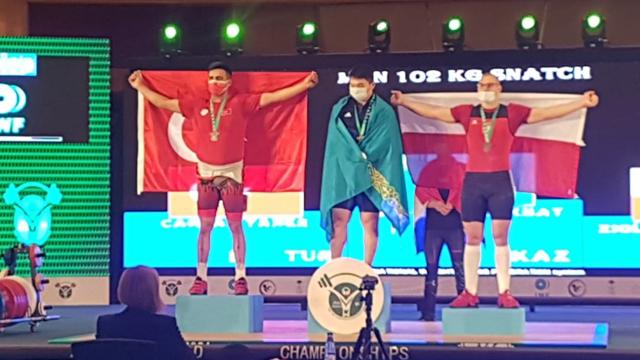 Milli halterci Taner Çağlar dünya ikincisi oldu