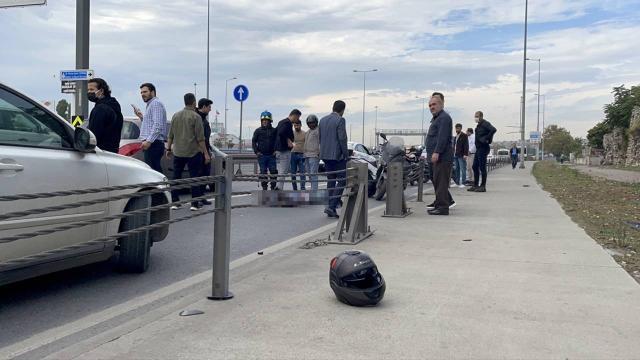 Bariyerlere çarpan motosikletin sürücüsü hayatını kaybetti