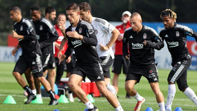 Beşiktaşta üç oyuncu 11e dönüyor
