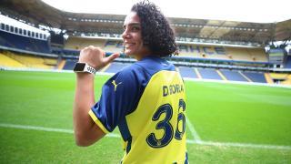 Fenerbahçe Kadın Futbol Takımı Dilan Bora'yı transfer etti