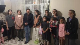 Iğdır Valisi Sarıibrahim, 9 kız kardeşi ziyaret edip Kız Çocukları Günü'nü kutladı