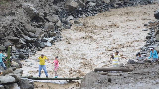 Kolombiyadan Panamaya geçmek isteyen göçmenler boğuldu