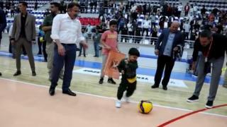 Minik Muhammed protez bacağına kavuştu