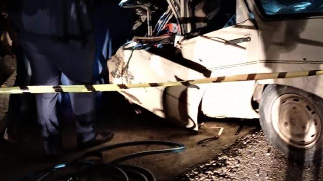 Burdurda otomobille tırın çarpıştığı kazada 1 kişi öldü