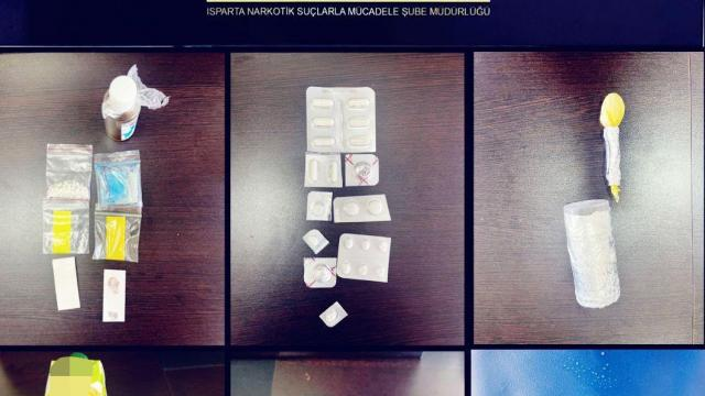 Ispartada uyuşturucu satıcılarına yönelik operasyonda 4 kişi tutuklandı