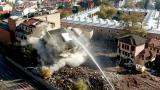 Bursa'da 7 katlı bina saniyeler içinde yıkıldı