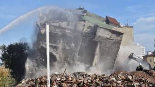Tarihi Çarşı ve Hanlar Bölgesi'ndeki binalar yıkılıyor