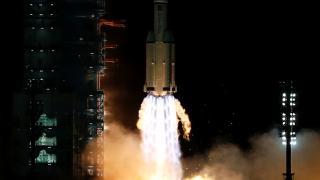 Çin en uzun uzay misyonuna 3 taykonot gönderdi