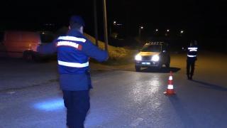 İnegöl'de Jandarma Komutanlığı ve Emniyet Müdürlüğü'nden trafik ve asayiş uygulaması