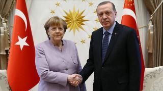 Almanya Başbakanı Merkel Türkiye'ye geliyor