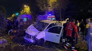 İstanbul'da takla atan araçtaki 4 kişi yaralandı