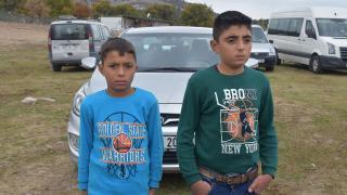 İki kardeş uyuyakalınca, 5 öğrencinin hayatını kaybettiği kazadan kurtuldu