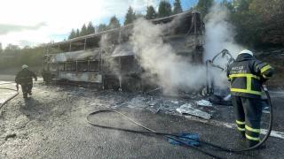 2 katlı yolcu otobüsü yandı