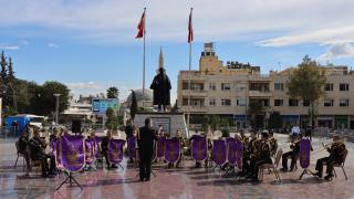 """Kilis'te askeri bando takımından """"Büyük Zafer"""" konseri"""