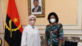 Emine Erdoğan, Angola Devlet Başkanının eşi ile görüştü