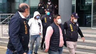 Bursa'da yasa dışı bahis şüphelileri polisin dikkatiyle yakalandı