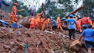 Hindistan'da şiddetli yağış ve sel: 18 can kaybı