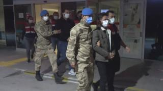 İzmir'de FETÖ operasyonu: 97 gözaltı