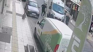 El freni açık unutulan aracı durdurarak facianın önüne geçti