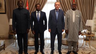 Cumhurbaşkanı Erdoğan, Togo'da üç Afrika liderleriyle bir araya geldi