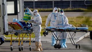 Rusya'da koronavirüs: Vaka sayısı 8 milyonu geçti