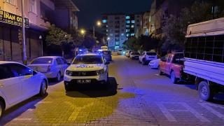 Adana'da sokakta tüfekle rastgele ateş açan kişi kendini ve bir genci yaraladı