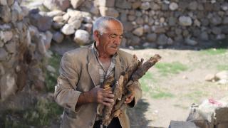10 yıldır köyde tek başına yaşıyor