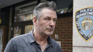 Baldwin'in set kazasında gelişme: İkisi sahte 3 silah ve boş mermiler bulundu