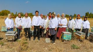 Van'ın arıcı kadınları `Çiftçi Okulu`nda yetişiyor