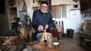 Bitlisli usta 61 yıldır baston üretiyor