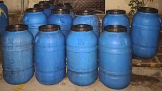 Manisa'da 3 bin 200 litre kaçak içki ele geçirildi