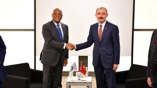 Bakan Muş, Afrikalı mevkidaşları ile görüştü