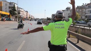 Antalya'da drone ile yapılan trafik denetiminde 23 sürücüye ceza uygulandı