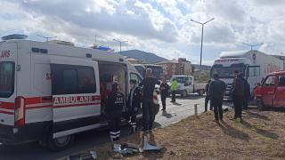 Tatvan'da tır ile kamyonetin çarpışması sonucu bir kişi yaralandı