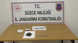 Valizinde uyuşturucu bulunan yolcu gözaltına alındı