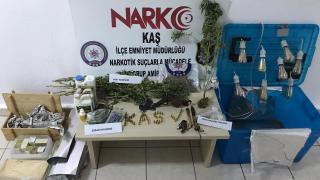 Antalya'da uyuşturucu operasyonunda 1 şüpheli yakalandı