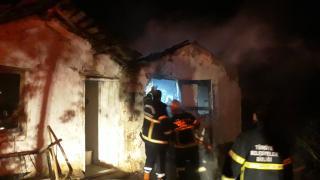 Amasya'da bir evin eklentisinde çıkan yangın söndürüldü
