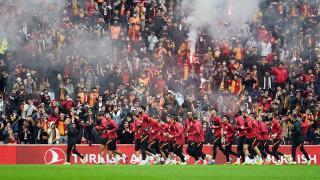 Galatasaray Beşiktaş derbisi son idmanını taraftara açık yaptı