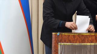 Özbekistan halkı cumhurbaşkanlığı seçimleri için sandık başında